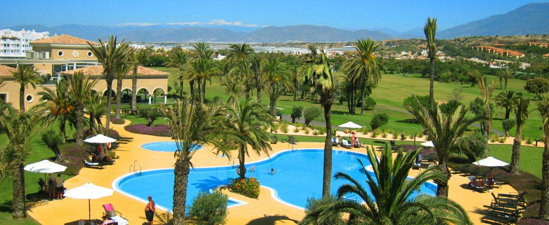 Flyt skolebænken til Almería med Fakta Kurser